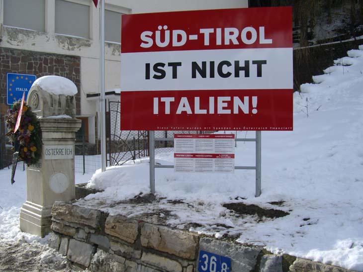 Hinweisschild am Brenner